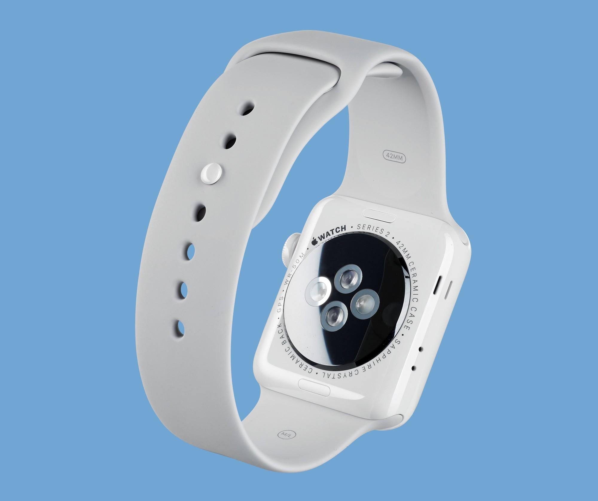 Wbudowany pulsometr dostarcza całkiem dokładnych wyników pomiarów pracy serca.